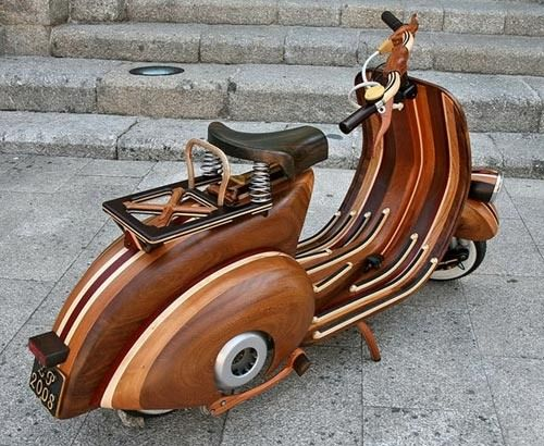 Vespa. Beautiful. Gorgeous. Classic.