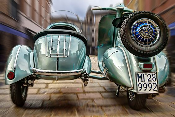 VESPA SIDE CAR