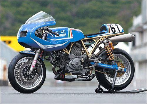 Vintage Ducati racer #ducati