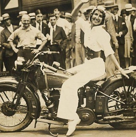 Vivian Bales toured the country on her Harley-Davidson in 1929. She would cover over 5,000 on her first trip with this machine.  #motorcycle