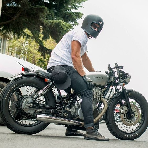 (Yamaha SR500) motorcycles, rider, ride, bike, bikes, speed, cafe racer, cafe racers, open road, motorbikes, motorbike, sportster, cycles, cycle, standard, sport, standard naked, hogs, hog #motorcycles