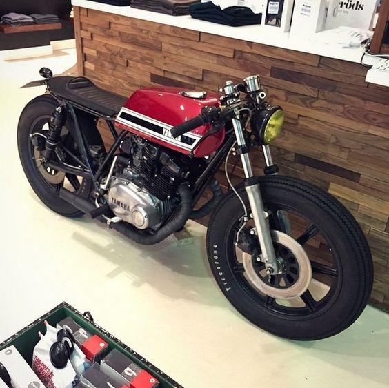 Yamaha XS 500 #motorcycles #caferacer #motos |
