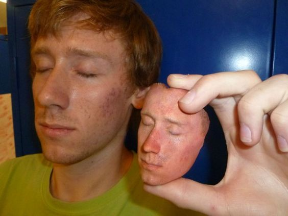3D printing a face from DNA