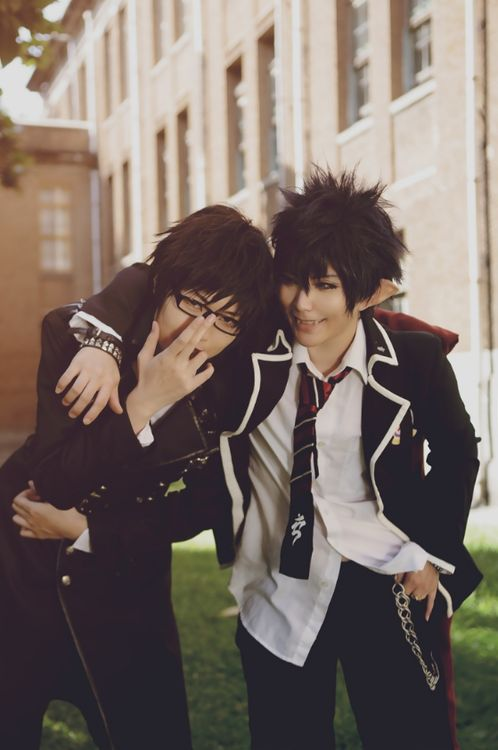 Ao no Exorcist Rin and Yukio cosplay.