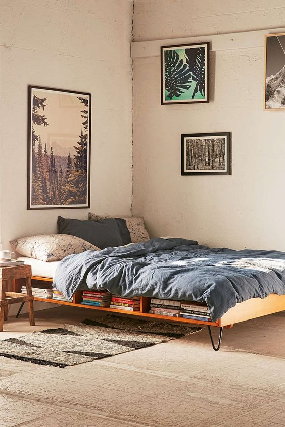 Border Storage Bed (I like that it's minimalist and still with nice storage, but there's no border to keep the box spring and mattress in place, is there?)