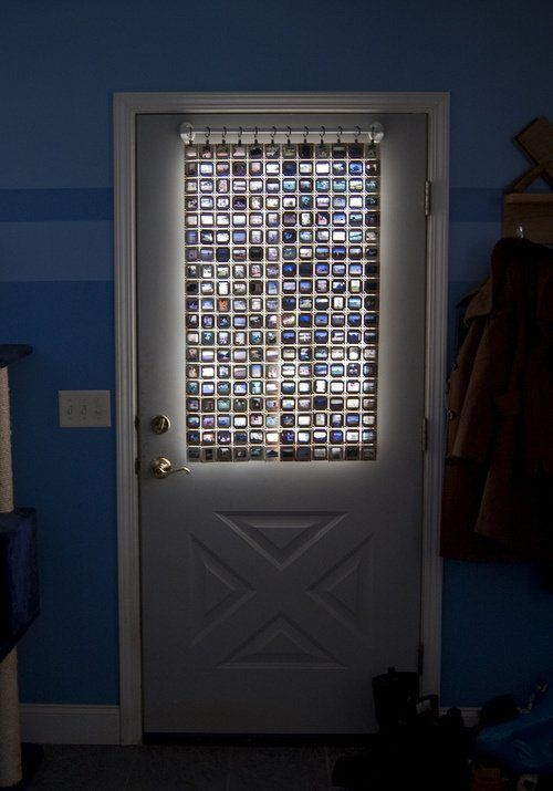 DIY Stained Glass curtain with old film slides #bedroom