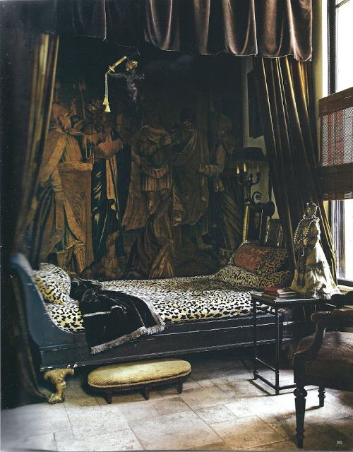 Elle Decor - Leopard day bed