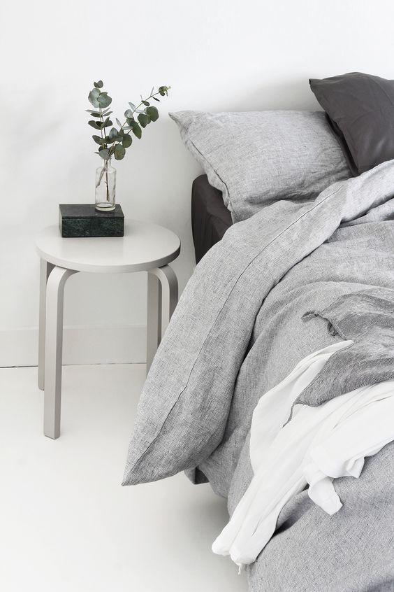 Our bedroom: a slow morning | MyDubio minimal, minimalist, home decor, interior, home inspo