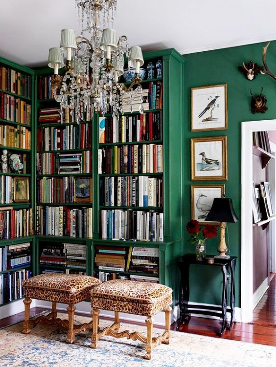 Stunning ways to incorporate your book collections into your home decor. Image via My Domaine.
