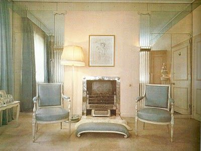 This exquisite sitting room from the thirties is typifies the work of Elsie de Wolfe