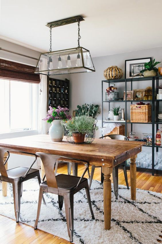 LOVE!!! - A Stylist's 1830s East Coast Farmhouse | Design*Sponge - Aaron's (and my) favorite! ♥
