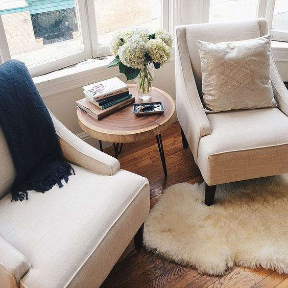 Major snaps to @Ali Hartwell for mastering the (difficult) art of decorating the area in front of a bay window, with two beautiful swoop-arm chairs found #onOneKingsLane!!
