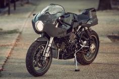 '01 Ducati MH900e Evoluzione |