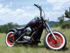 03 Yamaha V-Star 1100 Custom And More - Readers' Rides