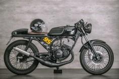 1 Yamaha RD135 Cafe Racer