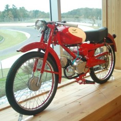 1956 Moto Guzzi Cardellino 73 Lusso - Classic Italian Motorcycles - Motorcycle Classics