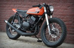 1975 Yamaha RD350 - I had one of these new back in the day