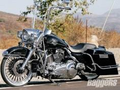 2008 Harley-Davidson Road King FLHRC | Hot Bike Baggers