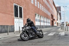 2016 Ducati Diavel Carbon Revealed