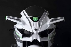 2016 Kawasaki Ninja H2R in White Livery Is the Queen of Supercharged Ice |