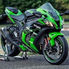 2016 Kawasaki ZX  So beautiful!