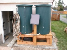 21 Rain Barrel, Chicken Coop, and Solar Panel Projects To Get You Off The Grid