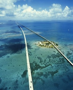 7 Mile Bridge, Florida Keys. No way I would travel down some of these roads !!
