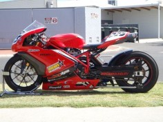 749R Drag Bike by Wayne and Todd Patterson: A custom built 749R drag bike. Complete with turbocharger, drag bar and the power to through down a 8 sec quart mile.