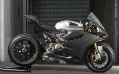 A modern bike with some grit - Ducati 1199 RS Panigale