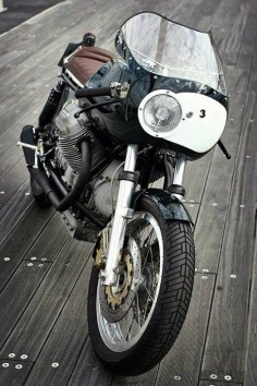 Absolute stunning! The best Moto guzzi, if not, the best cafe racer I've ever seen.