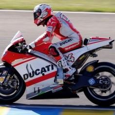 Andrea Dovizioso (Italy) #motorcyclist #rider #racer