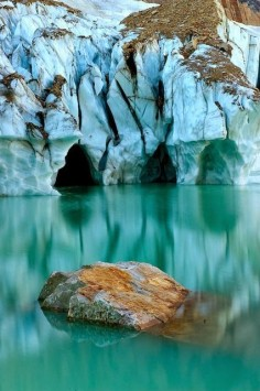Angel Glacier, Jasper National Park, Canada #BeautifulNature #Reflections #NaturePhotography #Nature #Photography #Travel #Canada