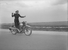 Anny Deim: the art of riding a Calthorpe ~ found photo woman on motorcycle jumpsuit sportswear vintage style 40s ?