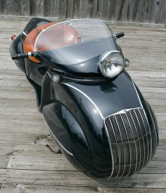 antique enclosed motorcycle | ... hard to think of the creation as anything less than a true motorcycle
