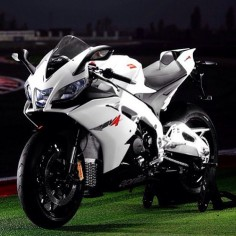 Aprilia RSV4. CLICK the PICTURE or check out my BLOG for more: