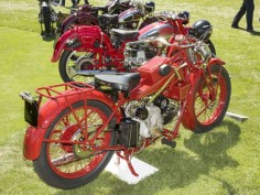 Between 1929 and 1930, Moto Guzzi built more than 4,000 examples of this bike, the Sport 14.