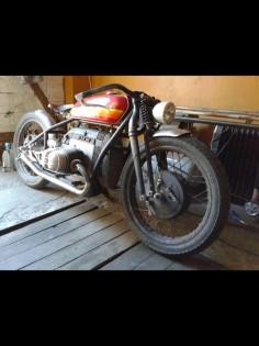 BMW Bobber #motorcycles #bobber #motos |