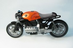 BMW cafe racer. If only my old K100 looked that good. Now all it needs is a