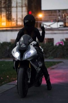 BMW S1000RR - Liter bike
