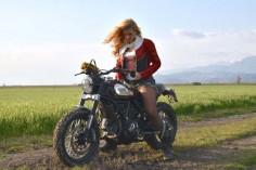 Cafe Racer Pasión — Ducati Scrambler and biker girl - Luismoto  ...