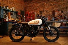 CG 125 Brat Style by Caffeine Custom Brazil #motorcycles #bratstyle #motos |