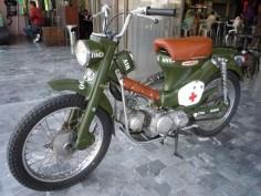 Clasica 1968 Honda CT90 recien restaurada, 90cc