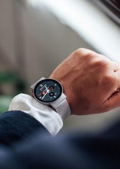 Cowatch - smartwatch that integrates amazon alexa