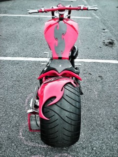 Custom Chopper/Harley Davidson/Love that rear fender!