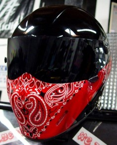 custom painted Motorcycle Helmets | ... custom painted helmets custom painted red bandana on black base helmet