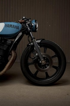 Custom Yamaha SX750 Cafe Racer by Ugly Motor Bikes