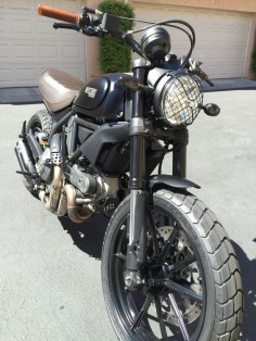Deep Black Full Throttle Picture Thread - Page 7 - Ducati Scrambler Forum