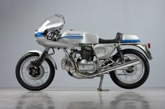 Ducati 750 Super Sport, Barn find restored to  new stock condition.