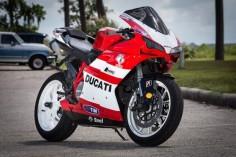 Ducati 848 Valentino Rossi