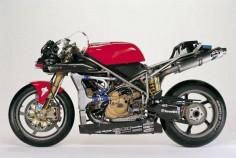 Ducati 996RS. Some fine magnesium bits.